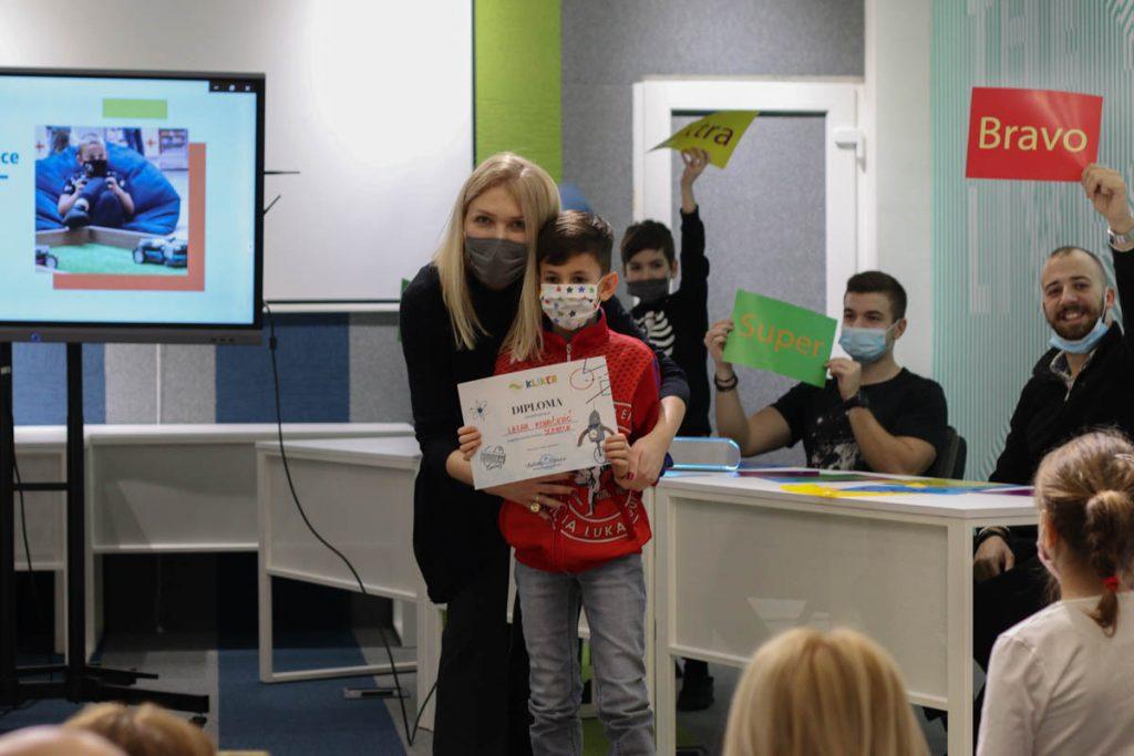Hackathon - Kliker - škola programiranja za djecu