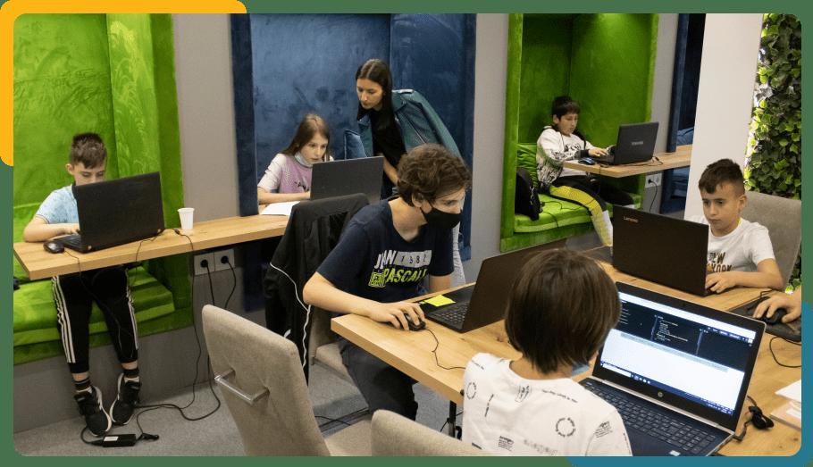 Zavoli i ti IT- Kliker - škola programiranja za djecu